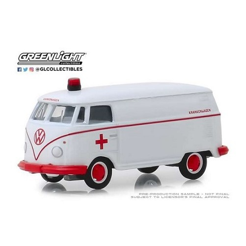 Volkswagen T1 Panel Van Ambulance 1:64